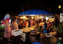 La Mai night market. The rain doesn't dampen the spirit